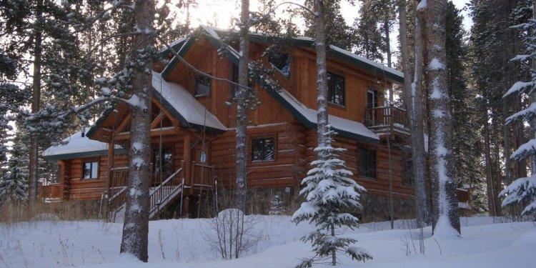 Bear Cabin in the winter!